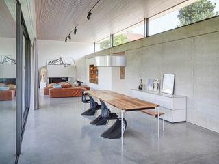 Wohnhaus S Architekturbüro zwo P Moderne Esszimmer