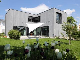 Wohnhaus K Architekturbüro zwo P Einfamilienhaus Holz Grau