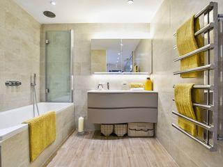 Brentford Showroom, TW8 BathroomsByDesign Retail Ltd Baños de estilo moderno