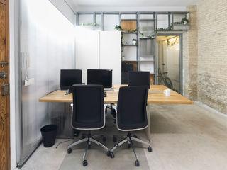 Eseiesa Arquitectos 地中海デザインの 書斎