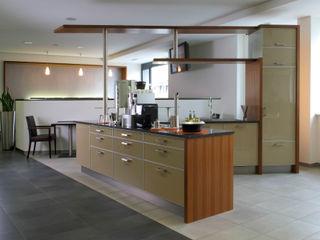 Küchen nach Maß copado GmbH Küchenzeile Holz