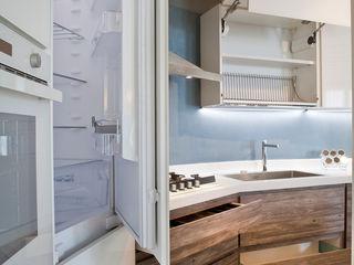 Fab Arredamenti su Misura Ankastre mutfaklar İşlenmiş Ahşap Beyaz