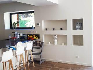 Jean-Paul Magy architecte d'intérieur Modern kitchen White