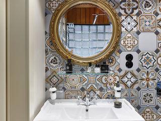 Ольга Райская Industrial style bathroom Wood Multicolored