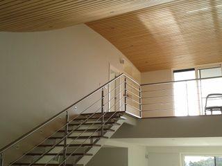 Pedro de Almeida Carvalho, Arquitecto, Lda Stairs Iron/Steel Wood effect