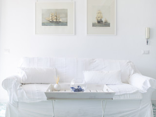 zero6studio - Studio Associato di Architettura Living roomSofas & armchairs White