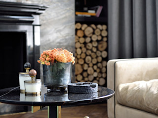 ABA HOUSE Esra Kazmirci Mimarlik Modern living room Glass Grey