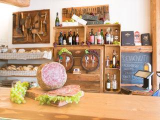 Fab Arredamenti su Misura Office spaces & stores Wood