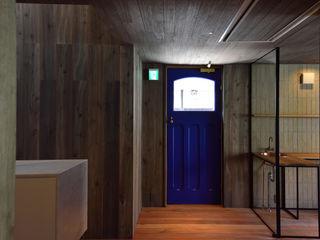 Mimasis Design/ミメイシス デザイン Nhà hàng Gỗ Blue