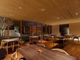 Mimasis Design/ミメイシス デザイン Nhà hàng Gỗ Wood effect