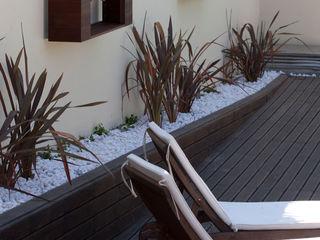 ShiStudio Interior Design Scandinavian style garden
