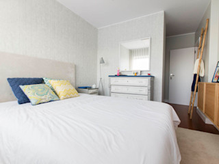 ShiStudio Interior Design BedroomBeds & headboards