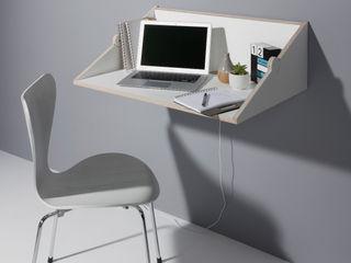 studio michael hilgers Study/officeDesks Engineered Wood