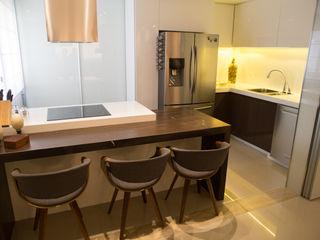 realizearquiteturaS Moderne Küchen