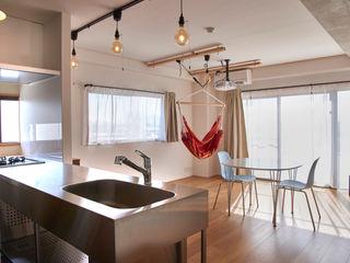 tai_tai STUDIO Living room White