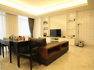 White simple and a bit oriental touch for luxurios apartment Exxo interior Living roomTV stands & cabinets Kayu White