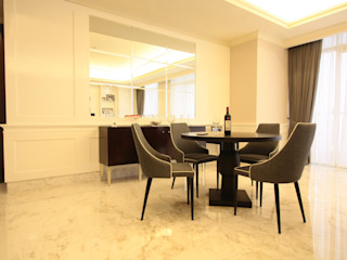 White simple and a bit oriental touch for luxurios apartment Exxo interior Living roomAccessories & decoration Kayu White