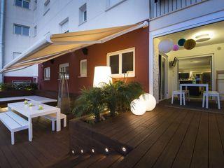 Iluminación Exterior y Paisajística Luxiform Iluminación Jardines de estilo moderno
