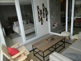 DDO Diseño Rustic style balcony, veranda & terrace Wood Grey