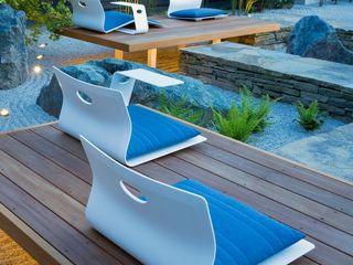Landscape design and build MyLandscapes Garden Design 모던스타일 정원