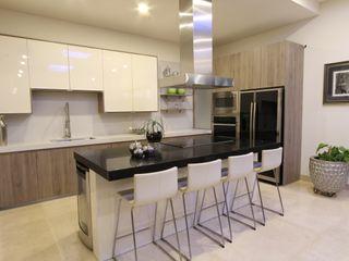 Acrópolis Arquitectura Modern style kitchen