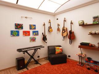 AMR estudio Modern study/office