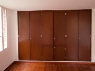 AMR estudio Modern dressing room