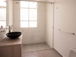 AMR estudio Minimalist bathroom