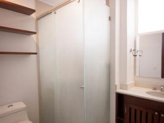 AMR estudio Modern bathroom