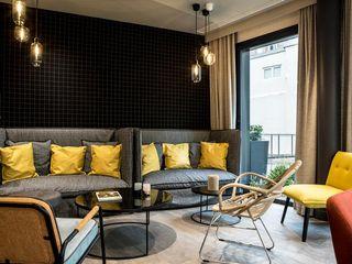 IMAGE'IN Jardinières design sur mesure – Hôtel **** ATELIER SO GREEN Hôtels modernes Gris