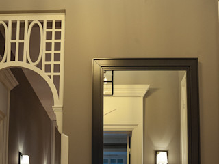 Stil mit Substanz - Altbau modern saniert ! Andras Koos Architectural Interior Design Klassischer Flur, Diele & Treppenhaus