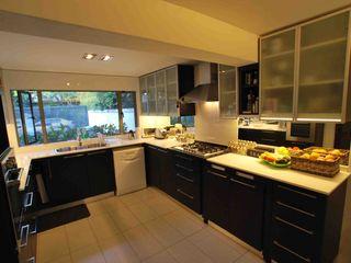 Selica Modern Kitchen