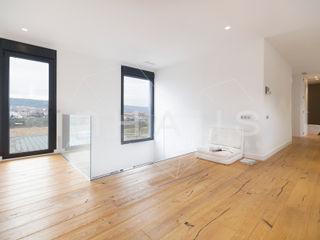 Casas inHAUS Ruang Studi/Kantor Modern