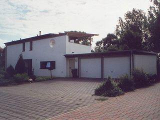 Modernes Wohnhaus im Bauhausstil Architekt Witte Einfamilienhaus Stein Weiß