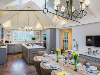 Mr & Mrs T, Oxshott Raycross Interiors Cocinas integrales Madera Gris