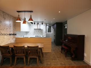 디자인세븐 غرفة السفرةطاولات بلاط White