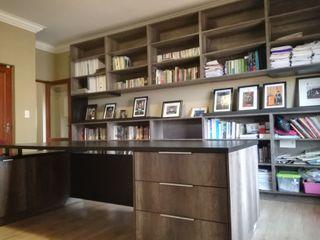 Première Interior Designs Ruang Studi/Kantor Modern Kayu Brown