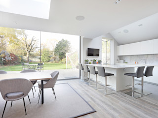 Richmond Family Home PAD ARCHITECTS Modern dining room