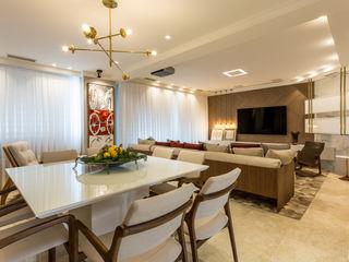 Flávia Kloss Arquitetura de Interiores Modern dining room MDF Amber/Gold