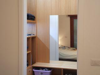 Gli Artigiani dei f.lli M.& S. Cordi snc BedroomWardrobes & closets Wood Wood effect