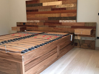 Arredo camera in legno naturale Falegnameria Martinelli Sergio Camera da letto coloniale Legno Trasparente