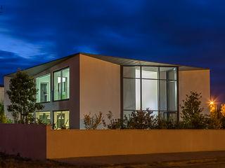 ARKHY PHOTO Koridor & Tangga Modern