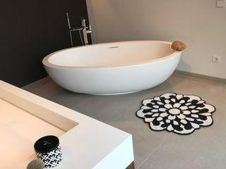 innenarchitektur-rathke BathroomShelves Tiles Brown