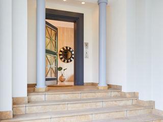 Tschangizian Home Staging & Redesign Villa