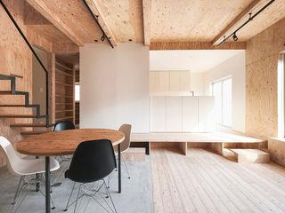 集う家/リノベーション 一級建築士事務所 Atelier Casa ミニマルデザインの リビング