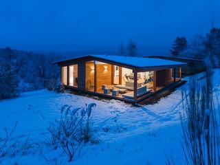 Karl Kaffenberger Architektur   Einrichtung 現代房屋設計點子、靈感 & 圖片 木頭 White