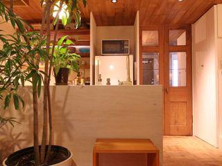 Mimasis Design/ミメイシス デザイン Dapur Gaya Rustic Kayu Wood effect