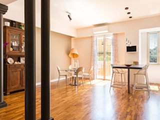 VIA LATINA a2 Studio Borgia - Romagnolo architetti Sala da pranzo moderna