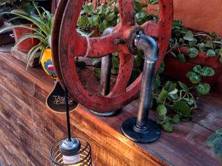 Lamparas Estilo Industrial Polea Foco Vintage Vieja Eddie Lamparas Vintage Vieja Eddie LivingsIluminación Hierro/Acero Naranja