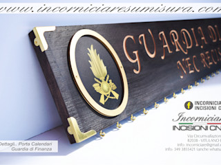 INCORNICIARE SalonAkcesoria i dekoracje Lite drewno Wielokolorowy